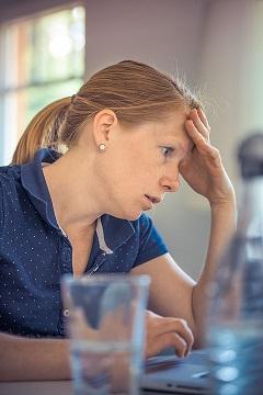 55 % dintre medicii bucuresteni sufera de stres personal si 52 % de stres profesional